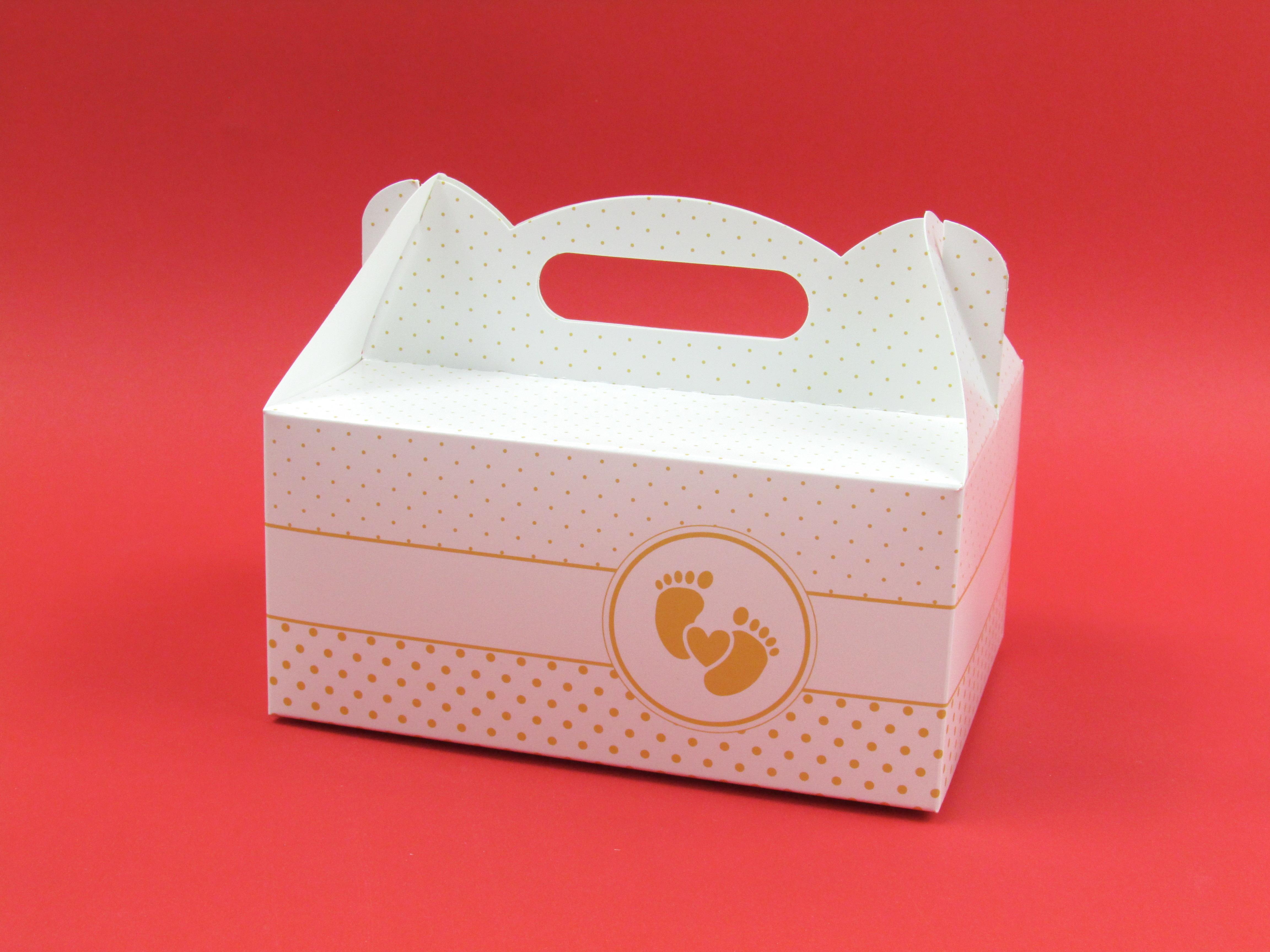 Pudełko z nadrukiem na ciasto/szyszkę z rączką 14x17x9 cm 1 szt.